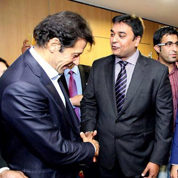 StudyinUK-Pawan with Mr. Imran Khan
